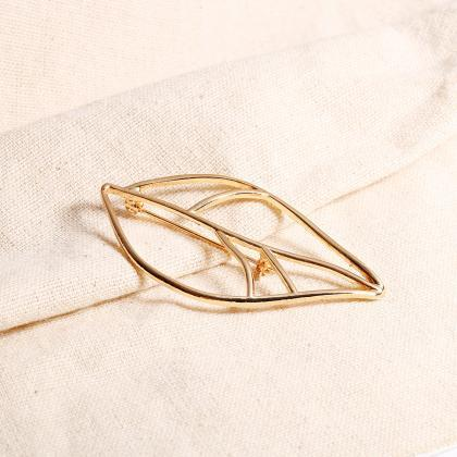 Simple Alloy Leaf Lady Brooch