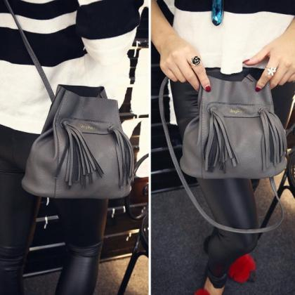 Fashion Women Soft Shoulder Bag Dra..