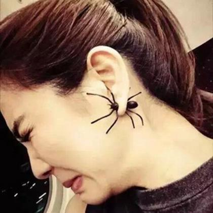 Personality Black Spider Single Ear..