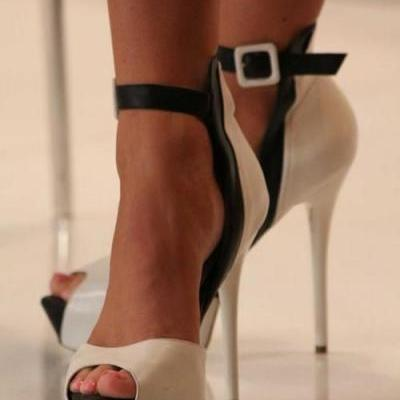 Fashion Nude Peep Toe Ankle Strap Stiletto High Heels Sandals