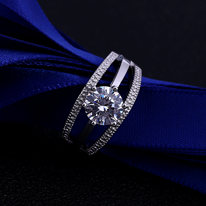 Fashion Six Claw Simulation Gold Plated Diamond Ring