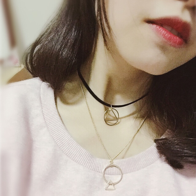 Chic Geometric Pendant Short Necklace