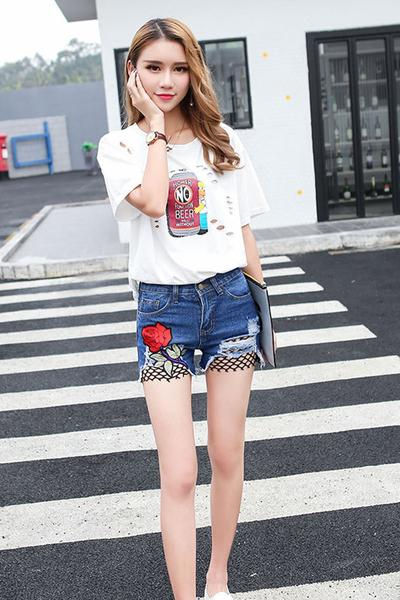 Patchwork Flower Embroidery Hole Denim Lace Shorts