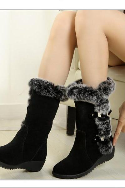Round Toe Fur Decorate Warm Half Winter Boots