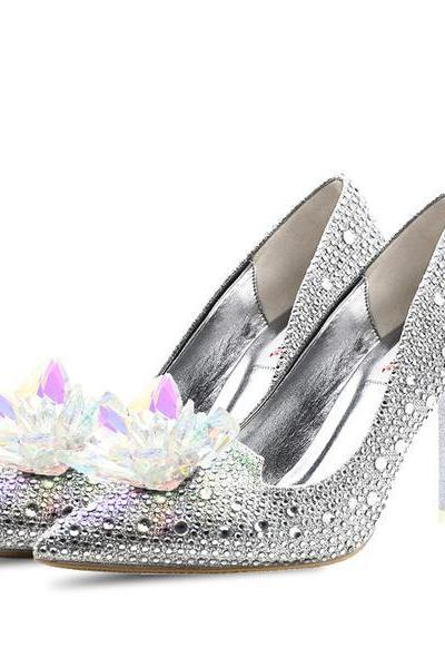 Crystal Flower Rhinestones Decorate Shinning Low Cut High Heels Bride Shoes
