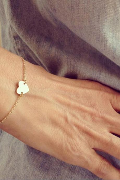 Fashion Simple Delicate Heart Bracelet