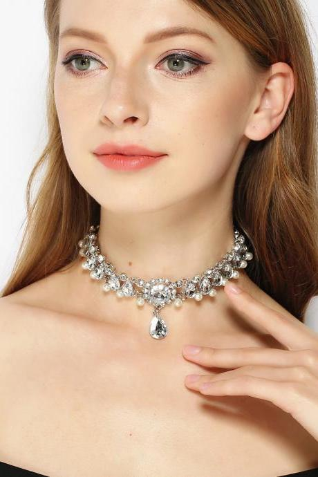 Drop Jewel Pearl Short Collarbone Necklace