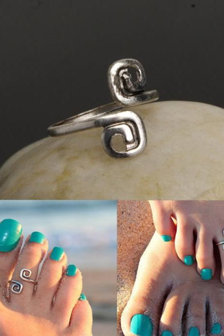 Beach Fashion Lucky 8 Foot Ring