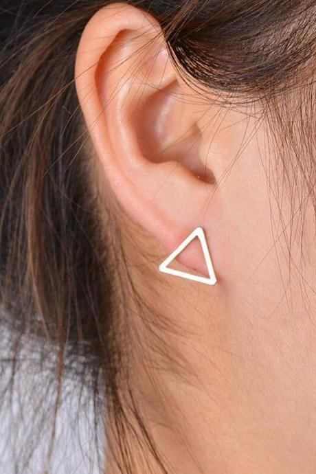 Joker Copper Smooth Triangle Earrings