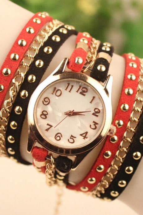Personality Fashion Rivet Bracelet Watch