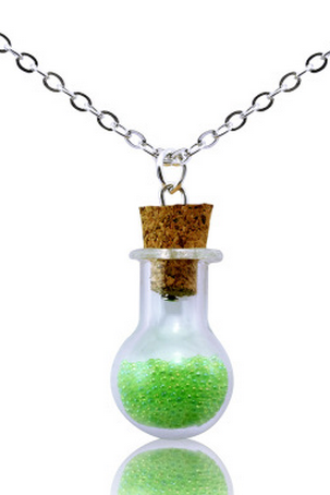 A bottle of fashion creative ocean Beads Necklace
