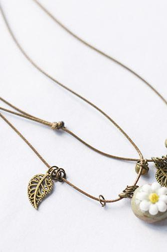 Ceramic mud hand Flower Necklace