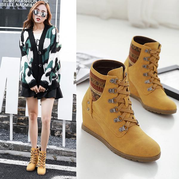 Round Toe Lace Up Short Wedge Boots