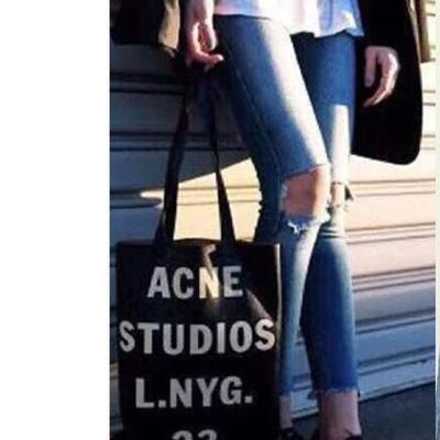 Middle Waist Cut Out Knee Holes 9/10 Length Long Skinny Jeans