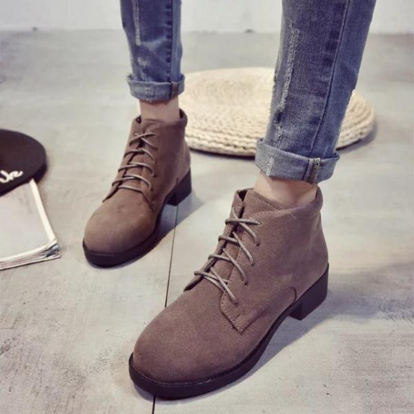 Solid Color Lace Up British Round Toe Chunky Short Martin Boots