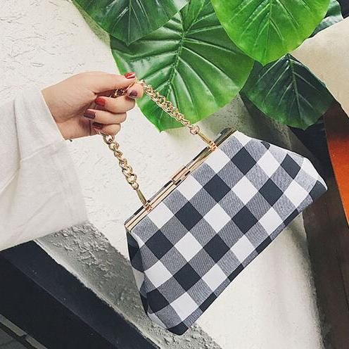 Classic Plaid Pattern Chain Crossbody Bag