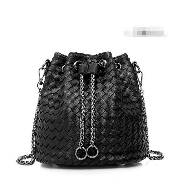 Knitted Pattern Bucket String Crossbdoy Bag
