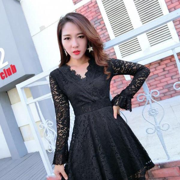 Sexy Deep V Neck Long Sleeve Lace Party Dress