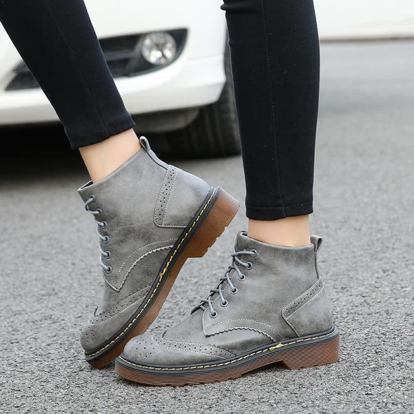 Classic Lace-Up Boots with Brogue Details