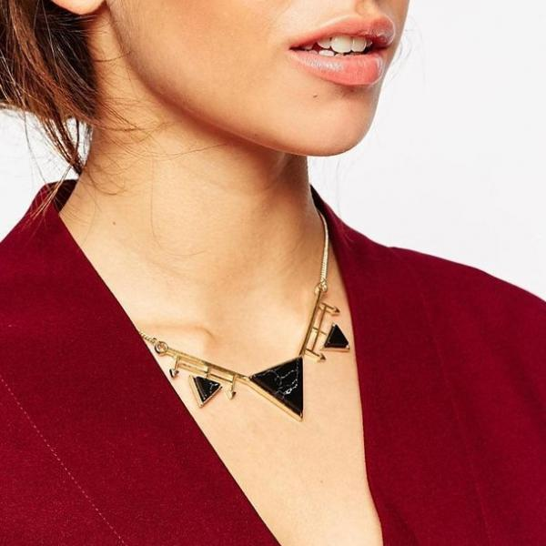 Personality geometric triangle Pendant Necklace