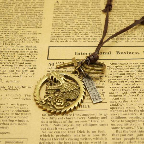 Hot Sale Circular Gear Skeleton Leather Necklace