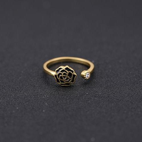 Rose gold drops of rubber ring